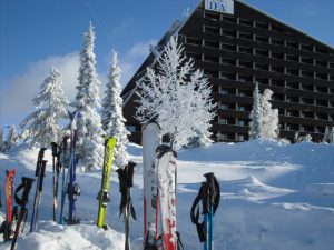 Wintersport: Skiidylle im Winter