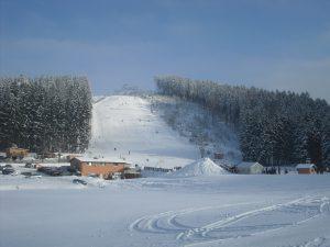 Wintersport: Skilift Streugrün mit Hüttenwirt